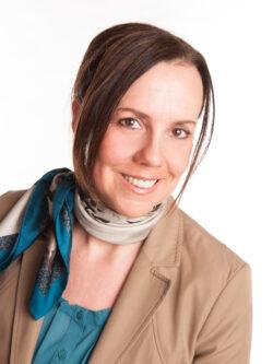 Leitung für alle Angebote: Angela Franz, Krankenschwester, Gerontofachkraft